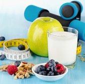 Halters met gezond voedsel — Stockfoto