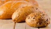 Fresh loafs of bread — Stockfoto