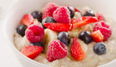 Homemade Oatmeal with Berries for  Healthy Breakfast — Stok fotoğraf