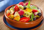 Healthy homemade fruit salad — Stock Photo