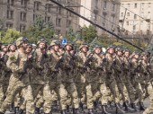 Troops are on Khreshchatyk — Stock Photo
