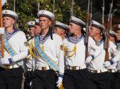 Officiële vlag-raising ceremonie ter ere van de dag van de vlag van Oekraïne — Stockfoto