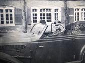 German officer posing in convertible — Stock fotografie