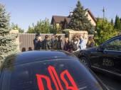 Avtomaydan cars near residence — Stock Photo
