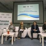 Publick Forum Putting the U in EU — Stock Photo #58160721