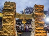 Prayer service near memorial of Holodomor — Stock Photo