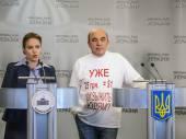 Deputies Natalia Korlevskaya and Vadim Rabinovich — Stock Photo