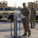 ������, ������: President Poroshenko met the US armored vehicles