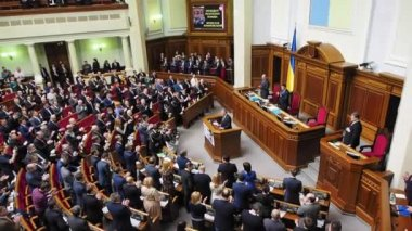 Ukrainian deputies applaud President of Poland — Stock Video
