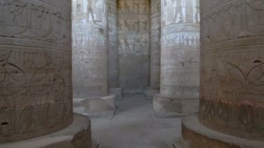 Hypostyle hall at Dendera Temple — Stock Video