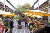 Mercado dos Lavradores market in Funchal, Portugal — 图库照片