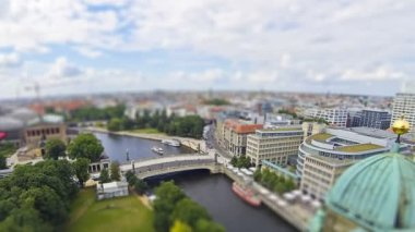 Aerial view of Spree River in Berlin city, Germany (Tilt-shift miniature effect) — Stock Video