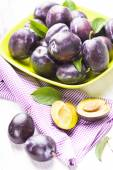 Plums in a bowl — Stock Photo