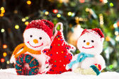 Knitted snowmen — Stock Photo