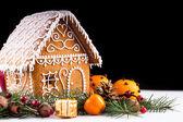 Lebkuchenhaus und dekor — Stockfoto