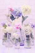 Flores en botellas — Foto de Stock