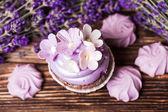 Lavender cakes — Stock Photo