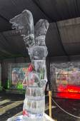 Figure of Greek goddess Nike in the exhibition of ice sculptures — Fotografia Stock