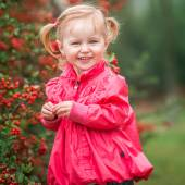 Little cute girl  on the walk — Stock Photo
