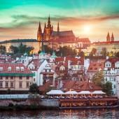 Prague Castle at sunset — Stock Photo