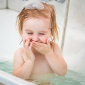Baby bathes — Stock Photo