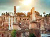 Roman ruins in Rome — Stock Photo