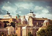 Monument to Vittorio Emanuele — Stock Photo