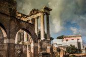 Roman ruins in Rome — Stock Photo