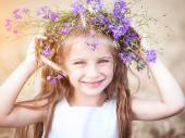 Girl with  wreath on her head — Stock Photo