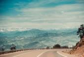 Curved asphalt road — Stock Photo