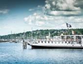 Lake Geneva Embankment — Stock Photo