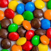 Colorful chocolate coated candies — Stock Photo