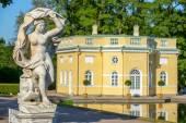 Galatea sculpture near Upper Bathhouse pavilion in the Catherine — Stock Photo