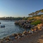 Sea bay and resort area on coast — Stock Photo #68482391