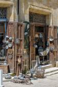Antique shop in Nicosia, North Cyprus — Stock Photo