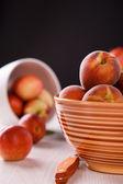 Свежие персики — Стоковое фото