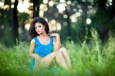 Mulher bonita ao ar livre — Fotografia Stock