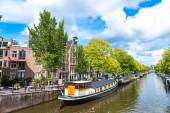Amsterdam canals and  boats — Foto de Stock