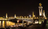 Eiffel Tower and Pont Alexandre III — Stock Photo