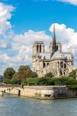 Seine and Notre Dame de Paris — Photo