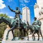 Don Quixote and Sancho Panza  in Madrid — Stock Photo #67842527