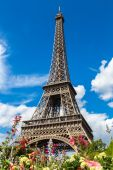 Wieża Eiffla w Paryżu — Zdjęcie stockowe