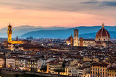 Panoramic sunset over Florence — Stockfoto