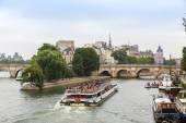 Seine river with bridges in Paris — Stock Photo
