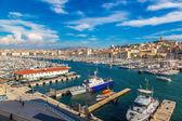 Notre Dame de la Garde and port in Marseille — Stock Photo