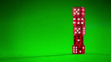 Red dices on green cloth — Stock Video