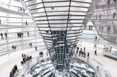 Tourists under Reichstag dome — Stock Photo
