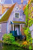 Old house in Delft, Holland — Stock Photo