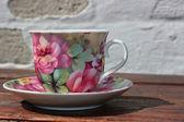 Tea cup and saucer — Stock Photo