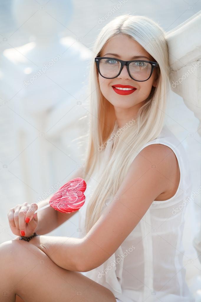 сексапильные блондинки в форме фото-чо3
